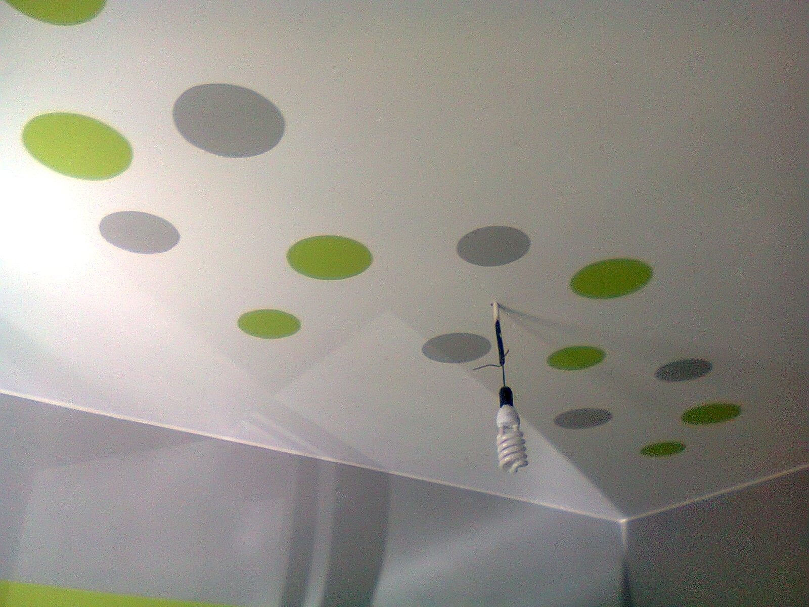 Camera Soffitto Colorato : Soffitto Colorato Camera: Camera di ...